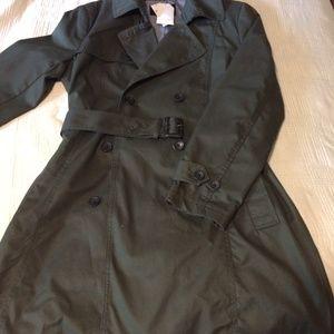 Short Trench Coat / Rain Coat